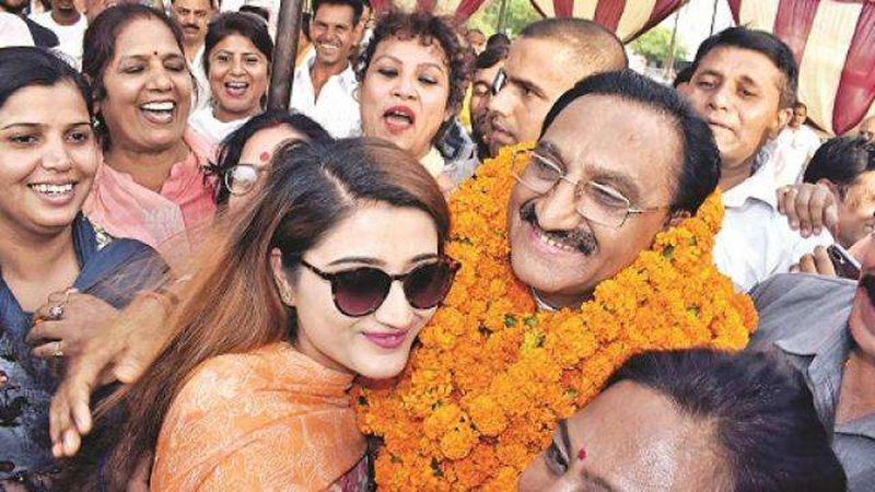 Dr. Nishank suddenly arrives in Dehradun, speculation intensifies in political circles