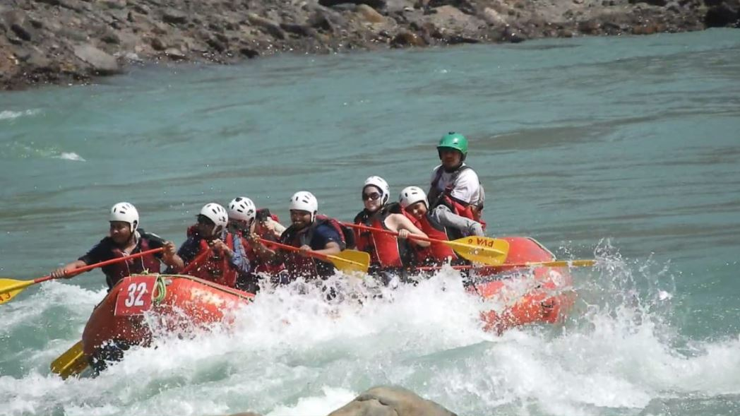 Crowd of Tourists Gathered In Uttarakhand To Enjoy River Rafting